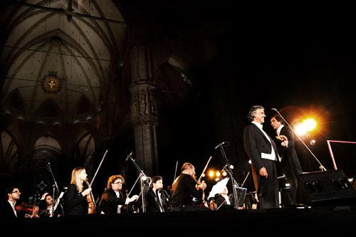 """Orchestra Filarmonica Italiana - """"Un Sorriso per gli Angeli"""""""